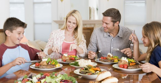 3 Healthy Eating Habits to Promote at Home